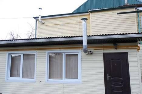 Сдается 3-комнатная квартира посуточно в Кисловодске, переулок Пикетный.