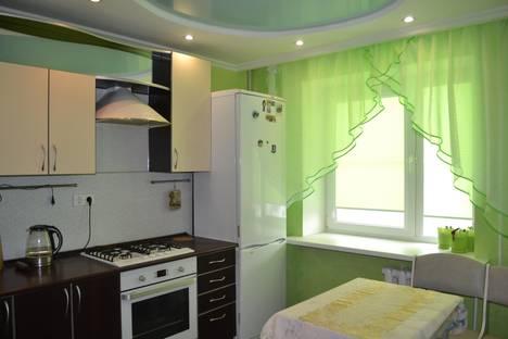 Сдается 1-комнатная квартира посуточно в Великом Новгороде, улица Я. Павлова, 3.