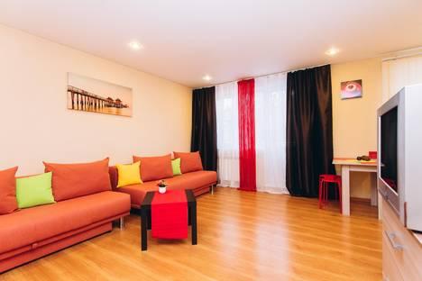 Сдается 2-комнатная квартира посуточнов Верхней Пышме, Белореченская улица, 23/1.