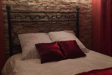 Сдается 2-комнатная квартира посуточно в Осиповичах, улица Социалистическая,33.