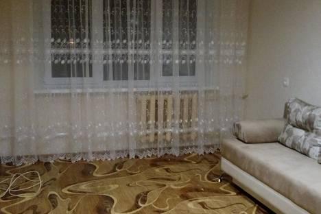 Сдается 1-комнатная квартира посуточно в Новочебоксарске, ул. 10 Пятилетки, 9.