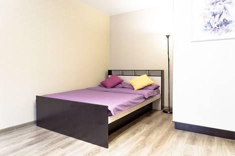 Сдается 1-комнатная квартира посуточно в Петрозаводске, улица Анохина, 26А.