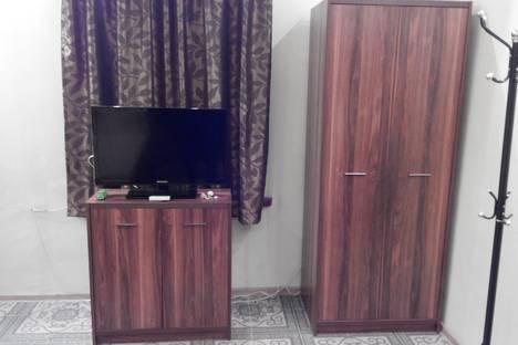 Сдается 2-комнатная квартира посуточно в Алупке, шоссе Свободы, 8.