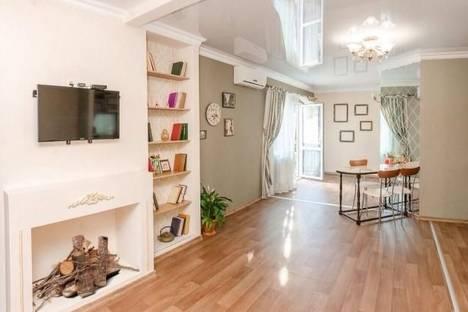 Сдается 2-комнатная квартира посуточнов Николаеве, Московская 14.