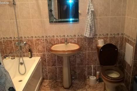 Сдается 2-комнатная квартира посуточнов Казани, Чистопольская улица, 72.