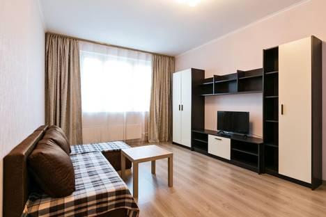 Сдается 2-комнатная квартира посуточно в Химках, ул. Родионова, 5.