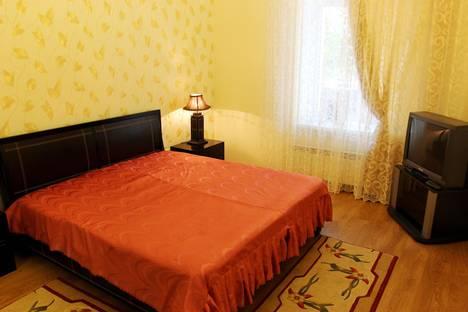 Сдается 3-комнатная квартира посуточнов Гаспре, улица Чехова, 22.