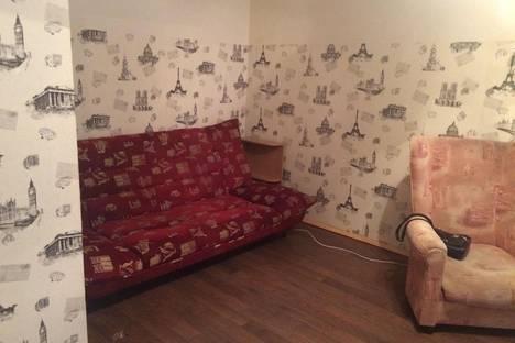 Сдается 1-комнатная квартира посуточнов Екатеринбурге, ул. Стрелочников, 2д.