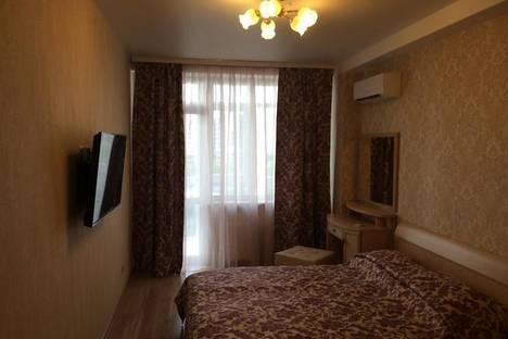 Сдается 2-комнатная квартира посуточнов Малом маяке, Ревкомовский переулок.