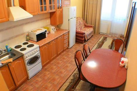 Сдается 2-комнатная квартира посуточно в Адлере, улица Демократическая, 43.