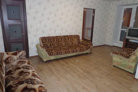 Сдается 2-комнатная квартира посуточнов Оренбурге, Парковый проспект, 9.