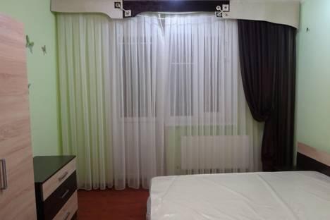 Сдается 2-комнатная квартира посуточно в Армавире, город , улица Поветкина дом 30.