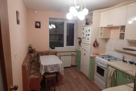 Сдается 1-комнатная квартира посуточнов Вологде, улица Южакова, 3.