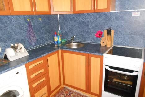 Сдается 1-комнатная квартира посуточнов Петропавловске-Камчатском, улица Виталия Кручины, 10.