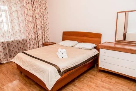 Сдается 3-комнатная квартира посуточно в Алматы, ул. Зенкова, 94.