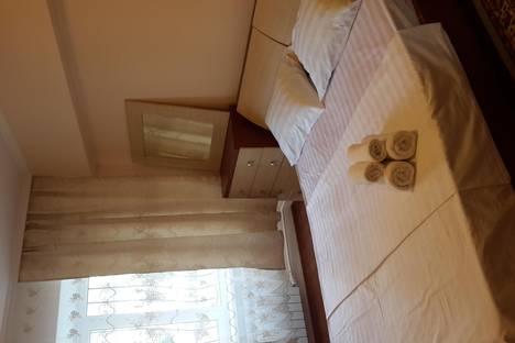 Сдается 2-комнатная квартира посуточно в Алматы, ул. Фурманова, 89.