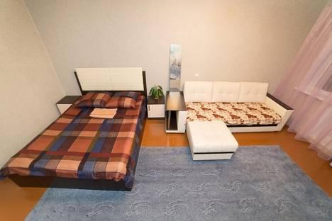 Сдается 1-комнатная квартира посуточно в Челябинске, улица Елькина, 80.