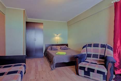 Сдается 1-комнатная квартира посуточно в Санкт-Петербурге, Заневский проспект, 63.