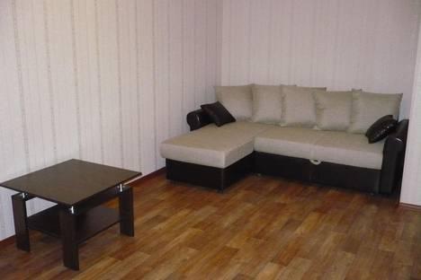 Сдается 1-комнатная квартира посуточно в Астрахани, улица Савушкина 18/11.