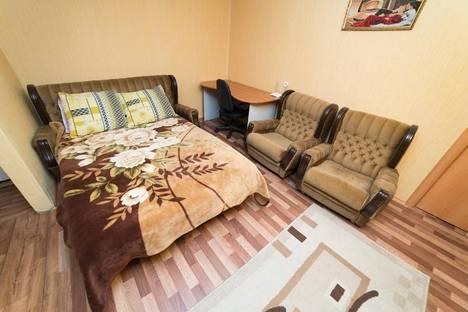 Сдается 2-комнатная квартира посуточно в Челябинске, улица Курчатова, 16.