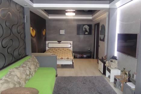 Сдается 1-комнатная квартира посуточнов Дзержинске, проспект газеты Звезда,д.32\1.