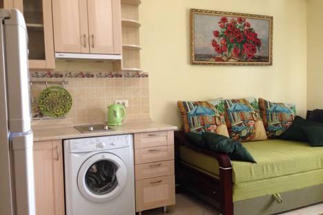 Сдается 1-комнатная квартира посуточно в Гаспре, Маратовская 69b.