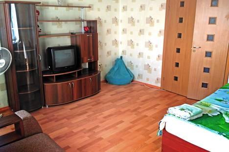 Сдается 1-комнатная квартира посуточнов Орске, проспект Металлургов 6.