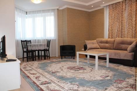 Сдается 3-комнатная квартира посуточно, улица Первомайская 50.