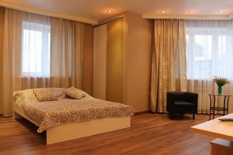 Сдается 1-комнатная квартира посуточно, улица Первомайская 50.