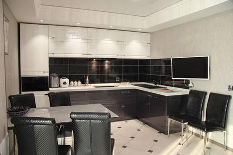 Сдается 2-комнатная квартира посуточно в Южно-Сахалинске, Комсомольская улица,295.