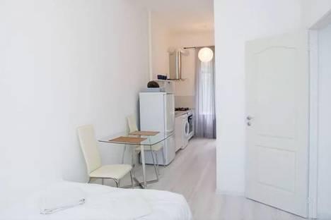 Сдается 1-комнатная квартира посуточно в Риге, Krišjāņa Valdemāra iela, 40.