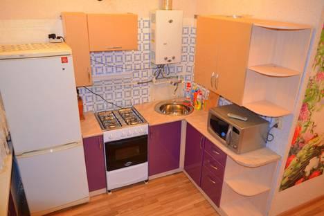 Сдается 1-комнатная квартира посуточнов Ижевске, Красногеройская улица 63а.