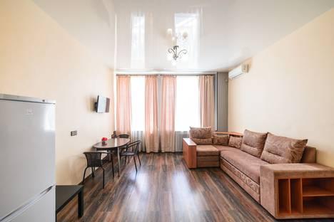 Сдается 1-комнатная квартира посуточно во Владивостоке, улица Светланская, 37.