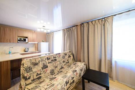 Сдается 2-комнатная квартира посуточно во Владивостоке, улица Прапорщика Комарова, 29.