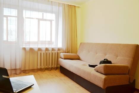Сдается 1-комнатная квартира посуточнов Томске, улица Пирогова, 7.