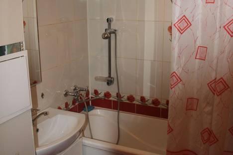 Сдается 1-комнатная квартира посуточнов Ленинске-Кузнецком, проспект Кирова, 88.