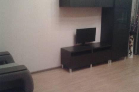 Сдается 2-комнатная квартира посуточно в Набережных Челнах, ул. Раскольникова 71.