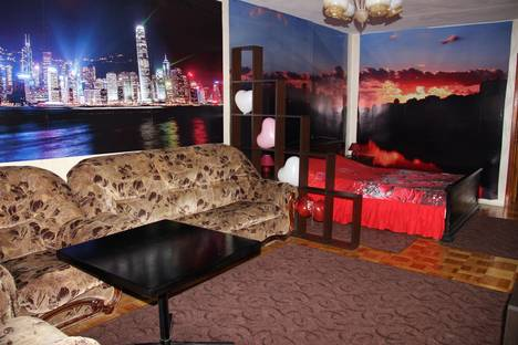 Сдается 1-комнатная квартира посуточно во Владимире, город , улица Кирова дом 7.
