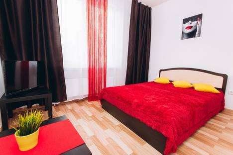 Сдается 2-комнатная квартира посуточнов Верхней Пышме, улица Краснолесья, 129.