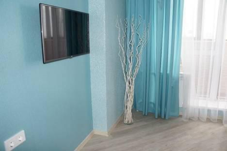 Сдается 1-комнатная квартира посуточнов Екатеринбурге, улица 8 Марта, 64.