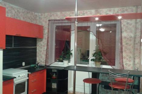 Сдается 3-комнатная квартира посуточно в Челябинске, г., ул.Стахановцев, д.114.