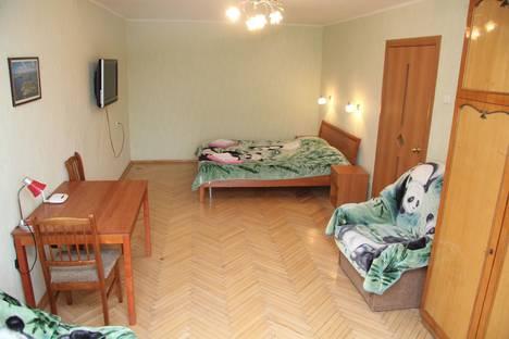 Сдается 1-комнатная квартира посуточнов Санкт-Петербурге, Лиговский проспект, 105.