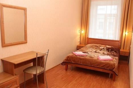 Сдается 2-комнатная квартира посуточнов Санкт-Петербурге, Апраксин переулок, 9.