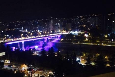 Сдается 2-комнатная квартира посуточно в Тбилиси, Bochorishvili 37a.