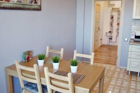Сдается 3-комнатная квартира посуточно в Воронеже, улица 9 Января д. 32.