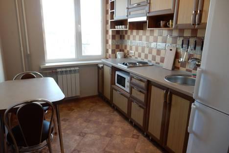 Сдается 1-комнатная квартира посуточно в Мариуполе, бульвар Шевченка, 293.