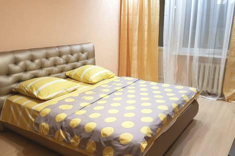 Сдается 1-комнатная квартира посуточно, Кондакова 48б.