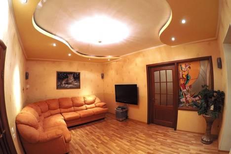 Сдается 3-комнатная квартира посуточнов Перми, Пермь,Татьяны Барамзиной 42.