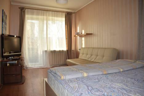 Сдается 1-комнатная квартира посуточно, Фортунатовская улица, 19.