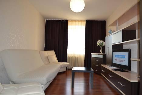 Сдается 1-комнатная квартира посуточно в Кирове, Хлыновская улица, 6.